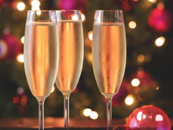 Święta  z lampką  wina