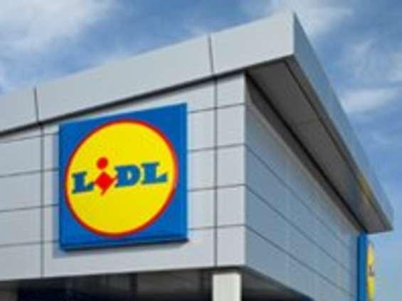 Pracownicy Lidla dostaną na święta bony i paczki