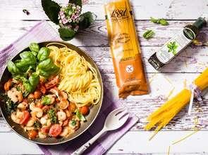 """Gotuj z """"Handlem"""": Spaghetti bezglutenowe z krewetkami i jarmużem"""
