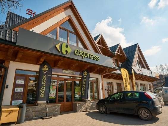 Najwięcej przybywa minimarketów Carrefour express