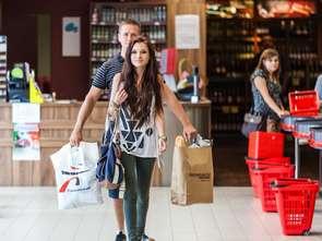 Sprzedaż detaliczna w kwietniu spadła. Nie dotyczy to żywności, kosmetyków ani ubrań
