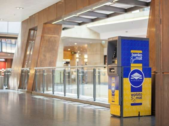 Euronet instaluje sezonowe bankomaty