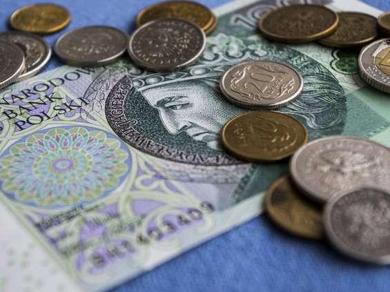 GUS: rosną płace i zatrudnienie