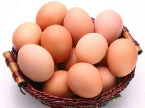 Makro wycofuje się ze sprzedaży jaj z chowu klatkowego
