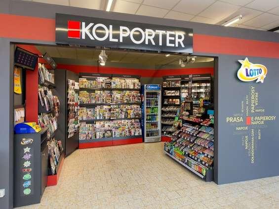 Kolporter: latem nad morzem sprzedaż prasy rośnie dwukrotnie