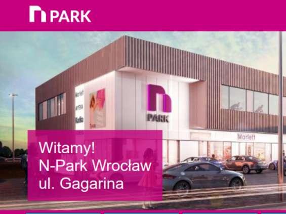 Rossmann i Bacówka w N-Parku we Wrocławiu