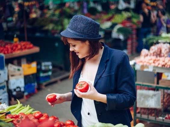 Konsumenci wydają więcej na jedzenie