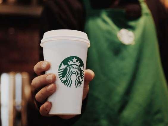Starbucks otwiera największą kawiarnię w Polsce