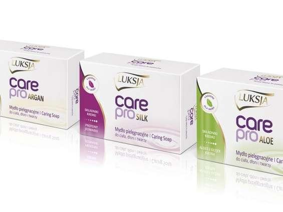 PZ Cussons. Pielęgnacyjne mydła w kostce Luksja Care Pro