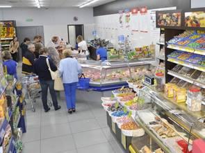 Zakaz handlu w niedziele negatywnie odbije się na małych sklepach