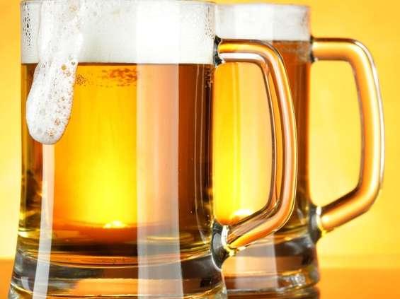 Reklama piwa ma być możliwa dopiero od 23.00