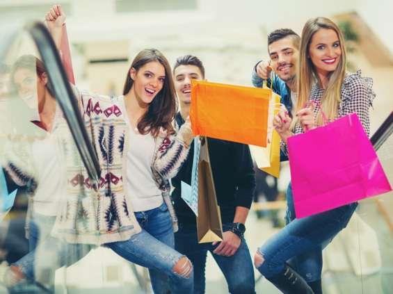 Młodzi wolą wcześniejsze pory zakupów