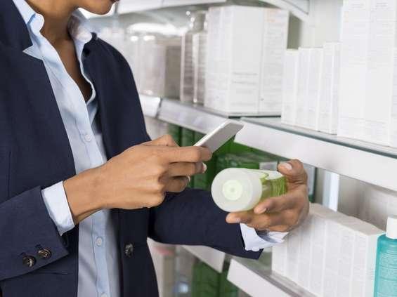 Analiza: prawo nie zabrania fotografowania w sklepach