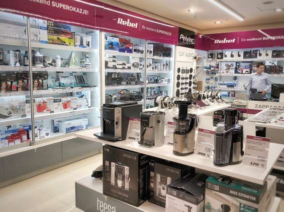 Rebel Electro w CH Auchan Poczesna