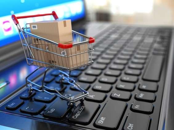 Zakaz handlu w niedzielę to 300 mln ekstra zł dla e-commerce