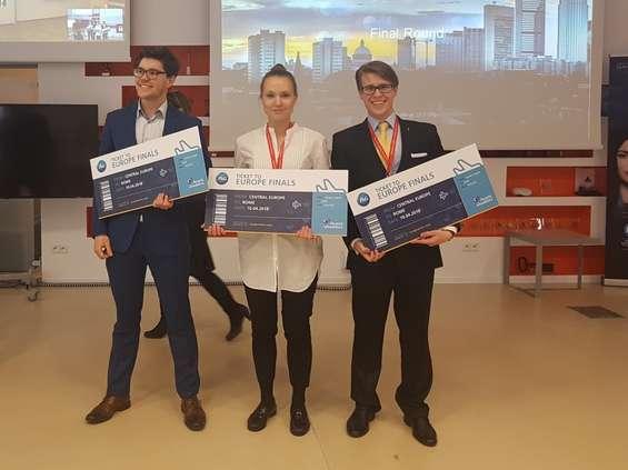 Polscy studenci na europejskim finale P&G CEO Challenge