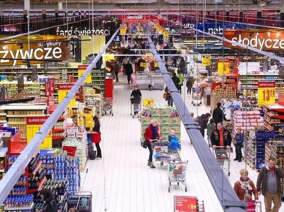 Carrefour spowalnia wzrost