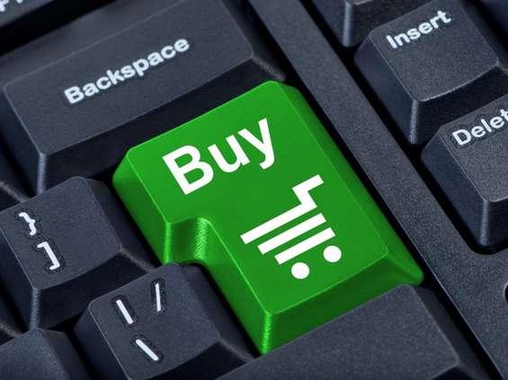 E-commerce zarabia na zakazie handlu