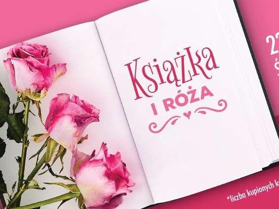 Biedronka rozdaje róże