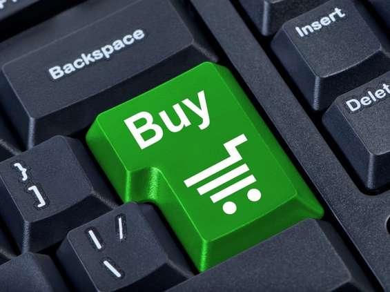 Zakaz handlu w niedziele napędza obrót e-sklepów