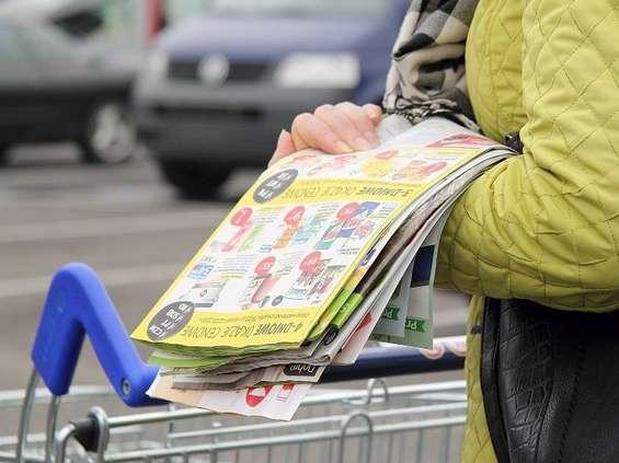 Ceny papieru i druku uderzają w handel