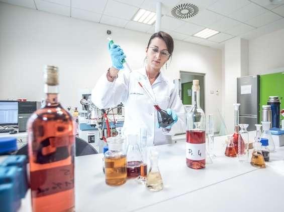 Pierwsze akredytowane laboratorium, które bada wina