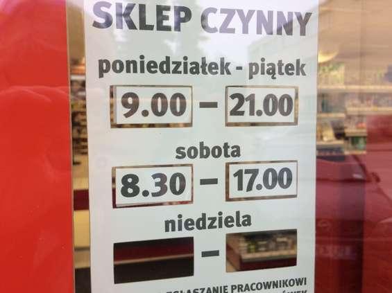 PIP: sklepy respektują wolne niedziele