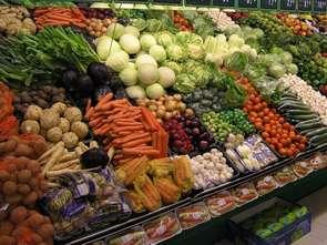 Żywność w czerwcu tańsza niż w maju