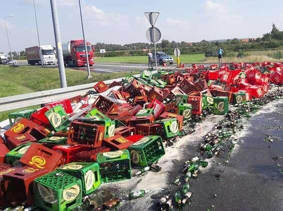 Droga zablokowana przez ... piwo