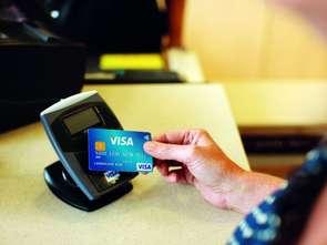 Visa zachęca do płatności kartą za drobne zakupy
