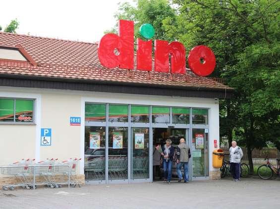 Dino ma pięciokrotnie mniej sklepów niż Żabka, ale więcej niż Lidl