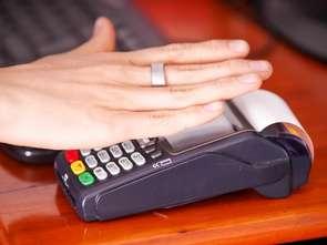 Płatności zbliżeniowe Fitbit w Santander Bank