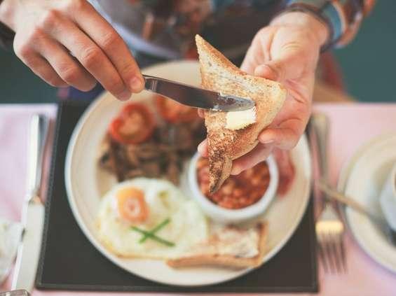Śniadanie ma być smaczne, ciepłe i łatwe