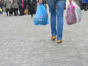 TYLKO U NAS: Produkcja toreb foliowych spadła o jedną trzecią