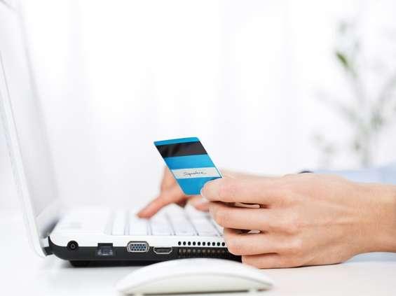 Poniedziałek dniem targowym w e-sklepach