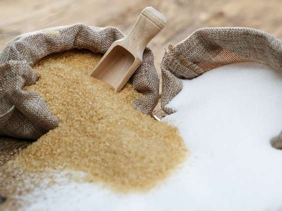 Polacy zjadają rocznie ponad 40 kg cukru!