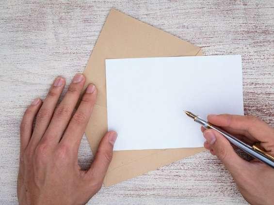 Tradycyjne listy odchodzą w zapomnienie