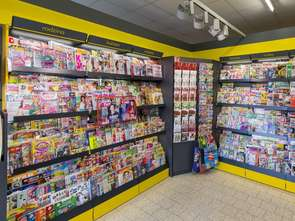 W ostatniej dekadzie z ulic zniknęła połowa kiosków