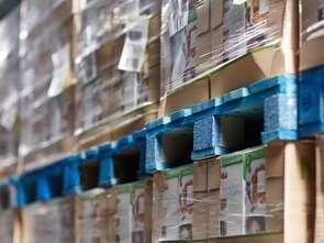 Carrefour zadowolony ze zwrotnych palet
