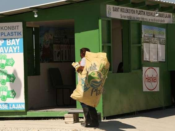 Henkel wprowadza opakowania z odpadów