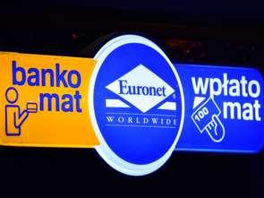 Ukraińcy mogą już przesyłać pieniądze przez bankomaty