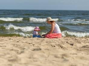 Polacy coraz więcej wydają na wakacje