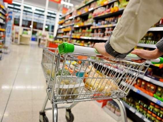 Najdrożej online, najtaniej we francuskich hipermarketach