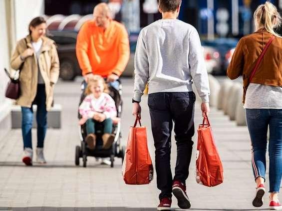 Młodzi konsumenci wolą Biedronkę niż Lidla