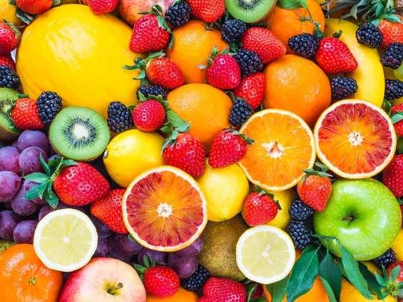 Dzieci jedzą za mało owoców i warzyw