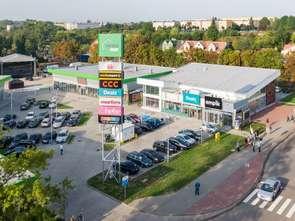 Pułtusk: ruszył park handlowy w dawnych budynkach dworca
