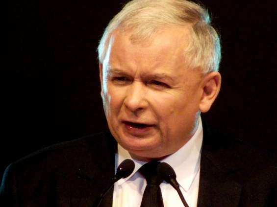 Kaczyński obiecuje 4 tys. zł brutto płacy minimalnej