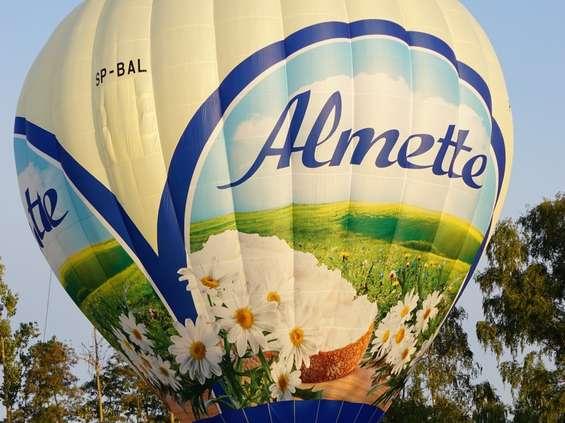 Balon Almette wyrusza w świat
