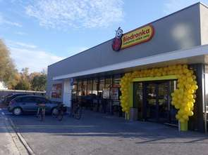 Biedronka rośnie, wciąż inwestuje i otwiera nowe sklepy