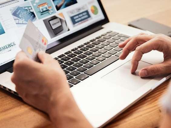 Budowa i koszty prowadzenia e-sklepu zdrożały